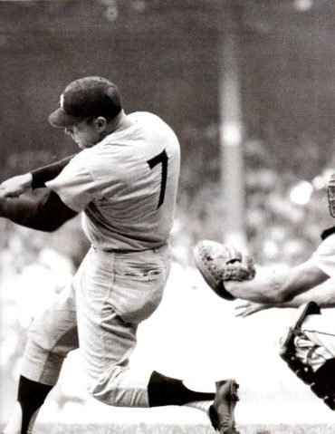 Birthday Tribute to the Great Mickey Mantle!