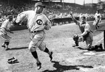 Wrigley Field, Chicago,IL, May 26, 1935 – Action in Cubs 8-3 win over Brooklyn Dodgers