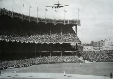 Yankee Stadium, Bronx, NY, October 5, 1943 – B-17 Flying Fortress bombers makes a surprise visit during the first game of the 1943 World Series