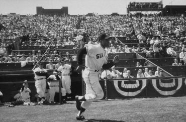 Seals Stadium, San Francisco, CA, April 15, 1958 – Giants Willie Mays introduced in first MLB game in California against LA Dodgers