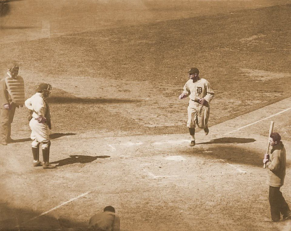Yankee Stadium, Bronx, NY, May 9, 1926 – Ty Cobb's two home runs help Tigers down Yanks in a slug fest 14-10