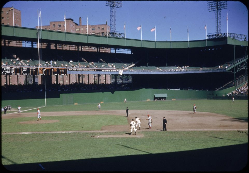 Polo Grounds, Manhattan, NY, September 5, 1952 – Giants down 4-0 early rally to beat the Phillies 5-4 on home runs from Thomson and Hartung