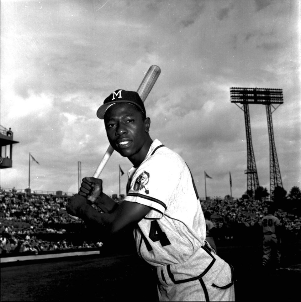 """A """"Promising Young Rookie"""" Named Hank Aaron Fills in for Bobby Thomson!"""
