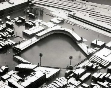 The Historic Flood of 1937 Devastates Cincinnati's Crosley Field!