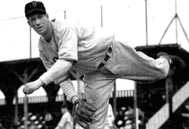 """The Great Lefty Grove Nearly """"Loses It"""" 86 Years Ago Today!"""