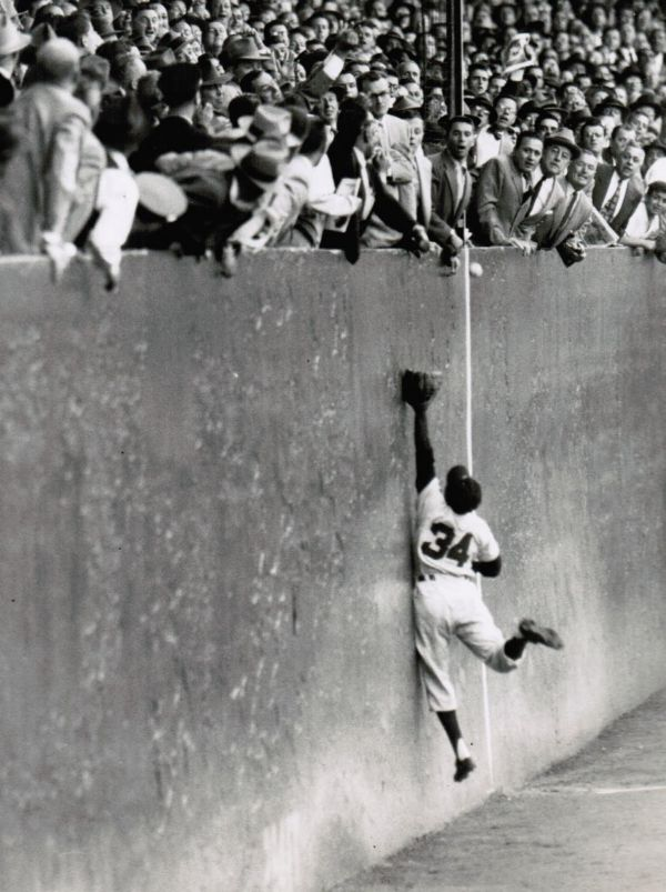 Polo Grounds, Manhattan, NY, September 29, 1954 – Giants pinch-hitter Dusty Rhodes becomes unlikely World Series hero with game-winning home run